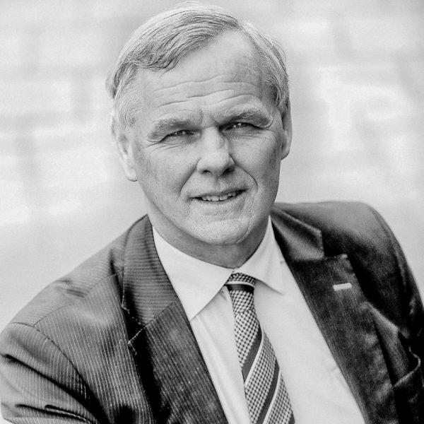 Henk van der Esch